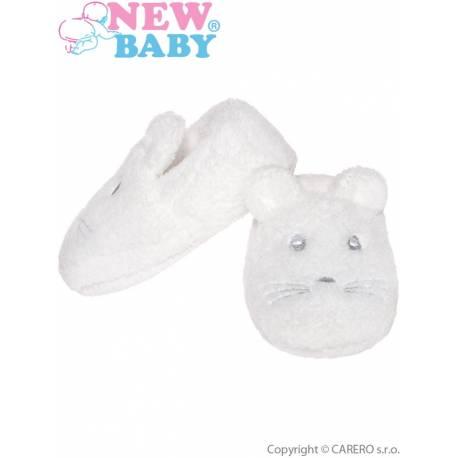 Kojenecké capáčky New Baby bílé