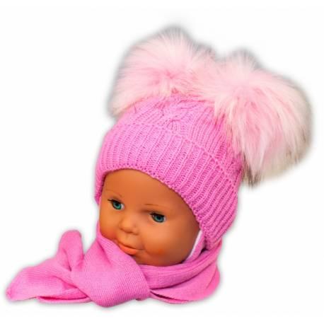 Zimná čiapočka s šálom - chlupáčkové bambuľky - ružová